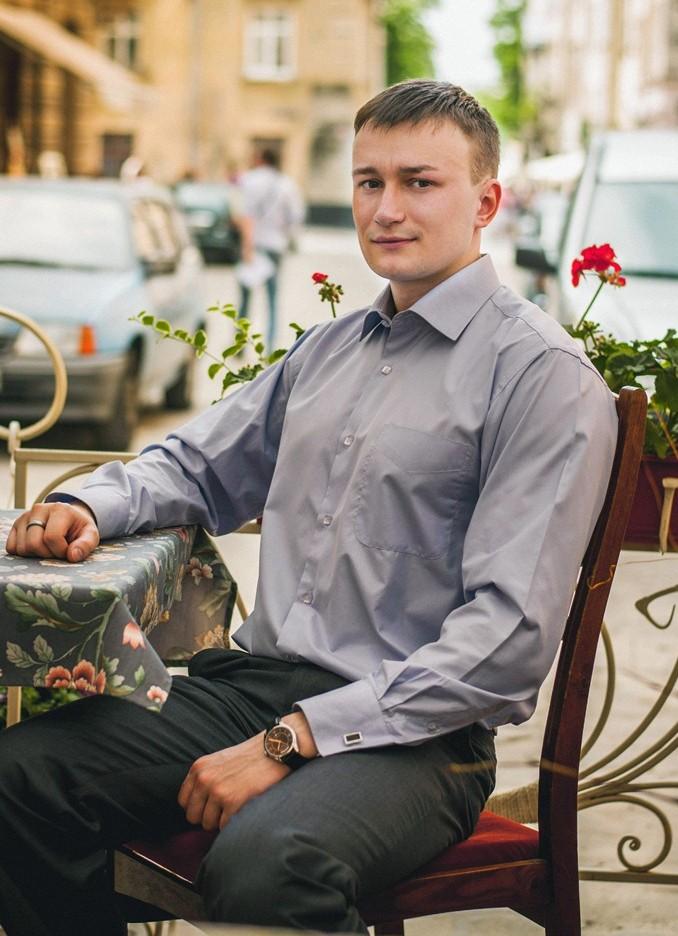 Дмитро Стельмащук
